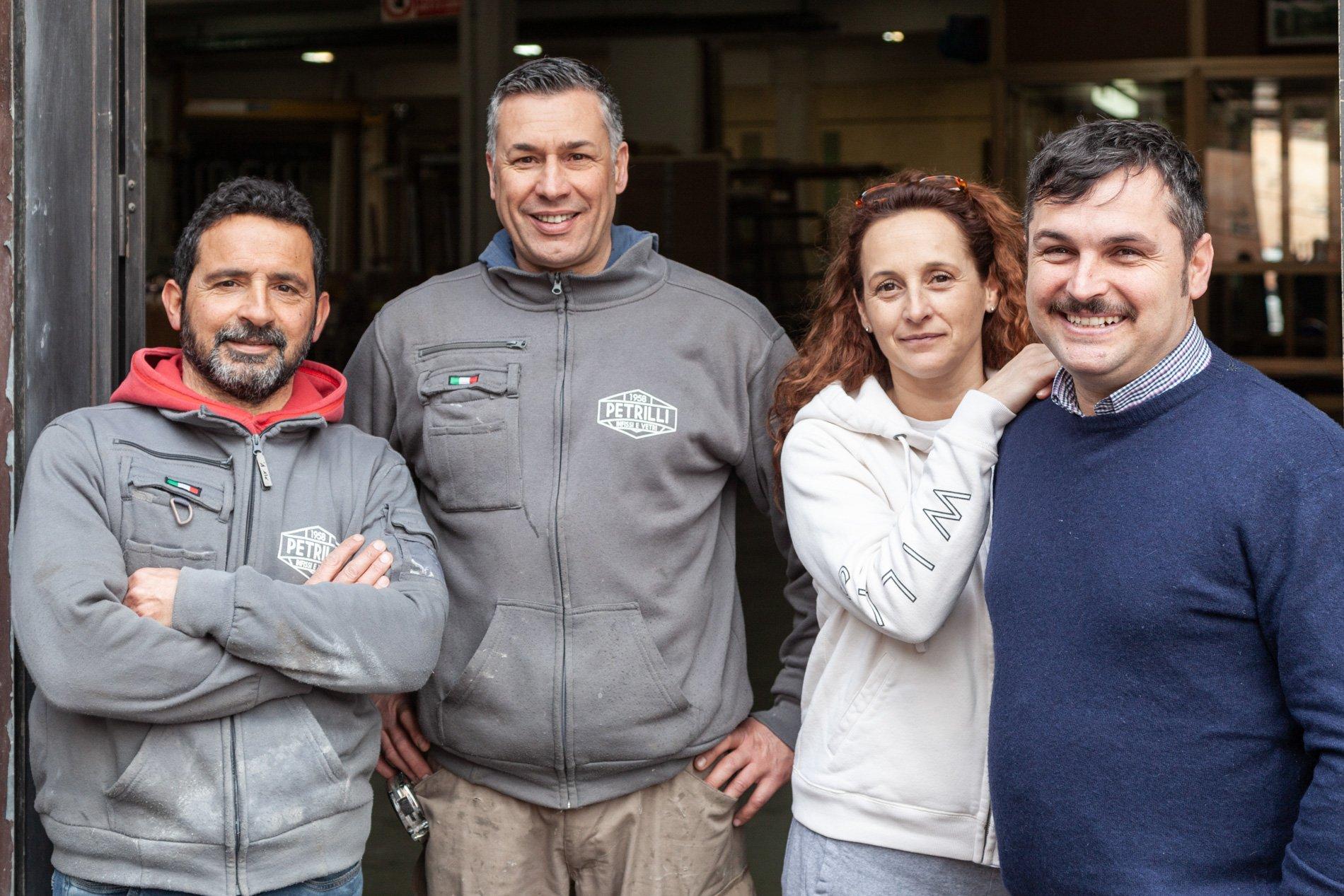 Il team di Petrilli Vetri e Infissi